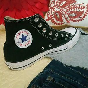 Converse all stars tennis shoes